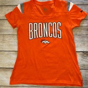 Nike NFL Denver Broncos Medium T-Shirt Vneck Tee